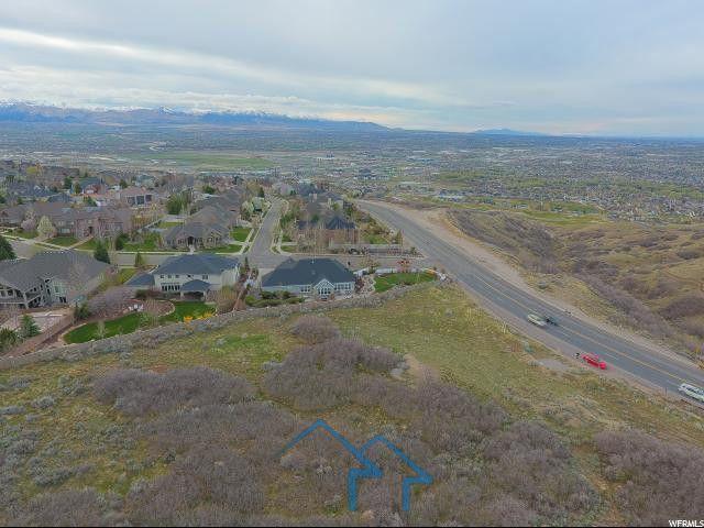 盐湖城    住宅用地     超大占地    周围环境优美   靠近购物   靠近公路    靠近高尔夫球场   周围设施完善  具有很高的商业价值