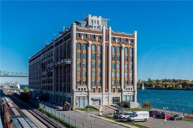 蒙特利尔 Ville-Marie 市中心区 精美传统风格公寓 富丽堂皇 别有洞天 配套齐全 雕梁画栋