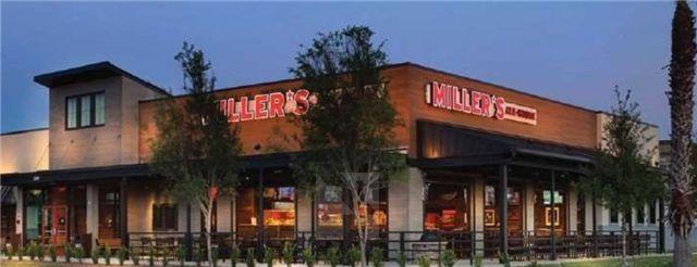芝加哥市Miller's Ale House餐厅,NNN租约,商业繁华,交通便利