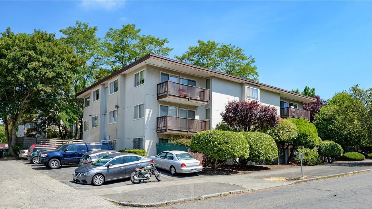 西雅图Seattle 出租公寓,12单位,回报率3.55%,私人露台,租金可上涨,便捷位置