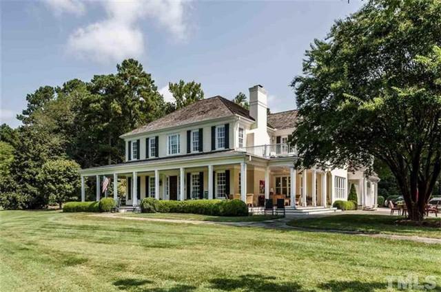 罗利Raleigh 传统风格别墅 4卧5.5卫 超大占地面积 绿荫环绕 装修豪华