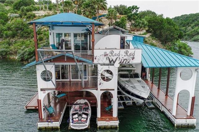 奥斯汀Lago Vista 精美别墅 1卧1卫 临近海滨 私人码头 智能家居技术 露天甲板