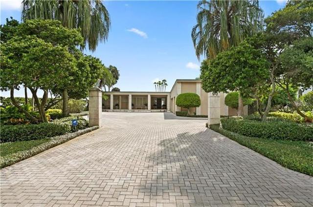 坦帕Tampa 别墅 位置优越 带车库和游泳池 优质学区 享有海宾美景 出行便利
